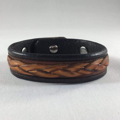 Mystic Braid Wristband Front 400x400 - Mystic Leather | Custom Handcrafted Leather Goods